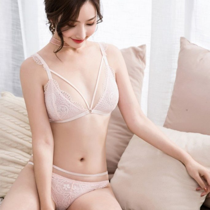 Sweet Hollow-out Underwear Set